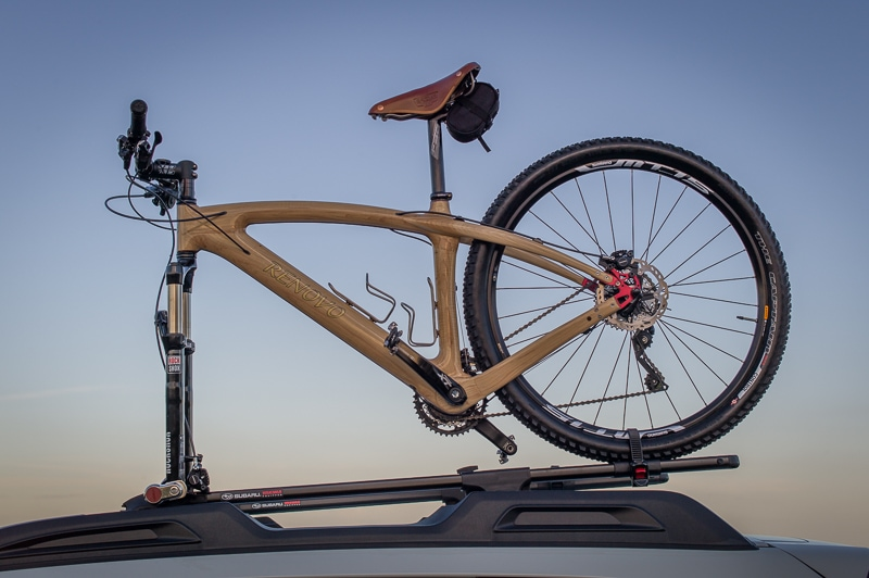 Nature's Carbon Fiber Renovo Badash 29er atop Carolina Timberworks' Subaru on the Blue Ridge Parkway