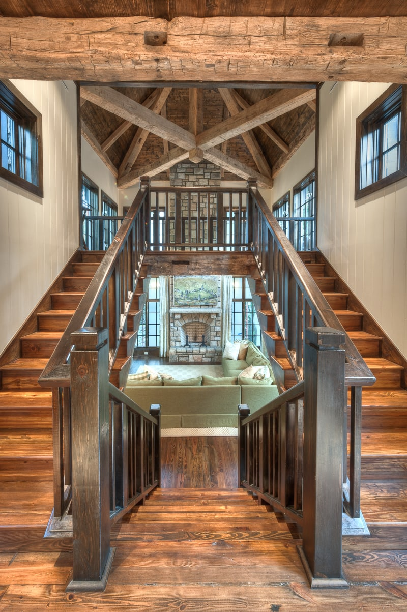 Timber frame great rooms lodge rooms and living rooms for Reclaimed timber beams