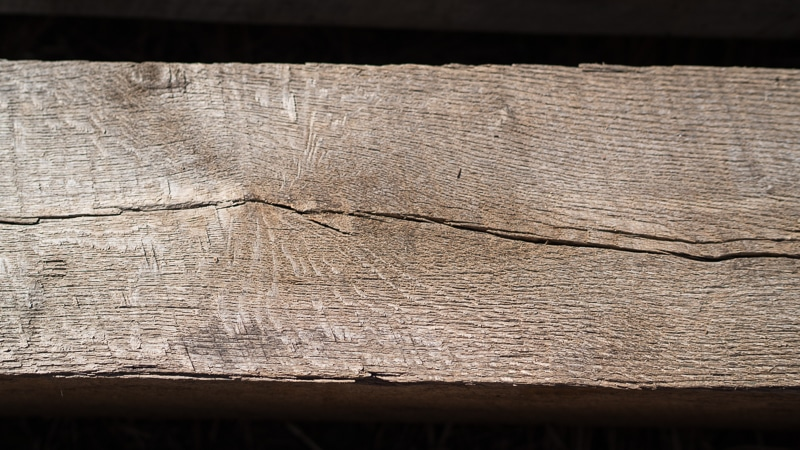 Timber cracks (checks) in Reclaimed Wood Timber