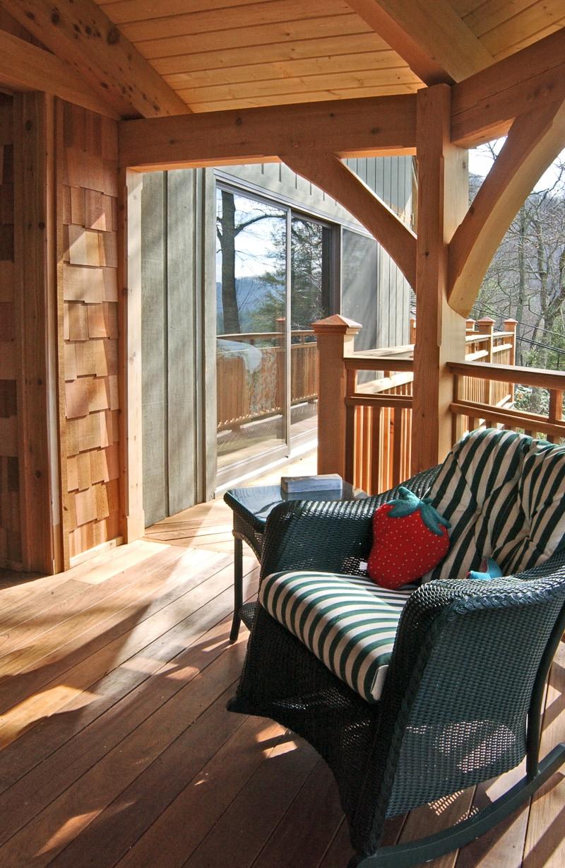 Western Red Cedar Octagonal Timber