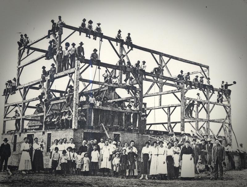 timber frame barn raising
