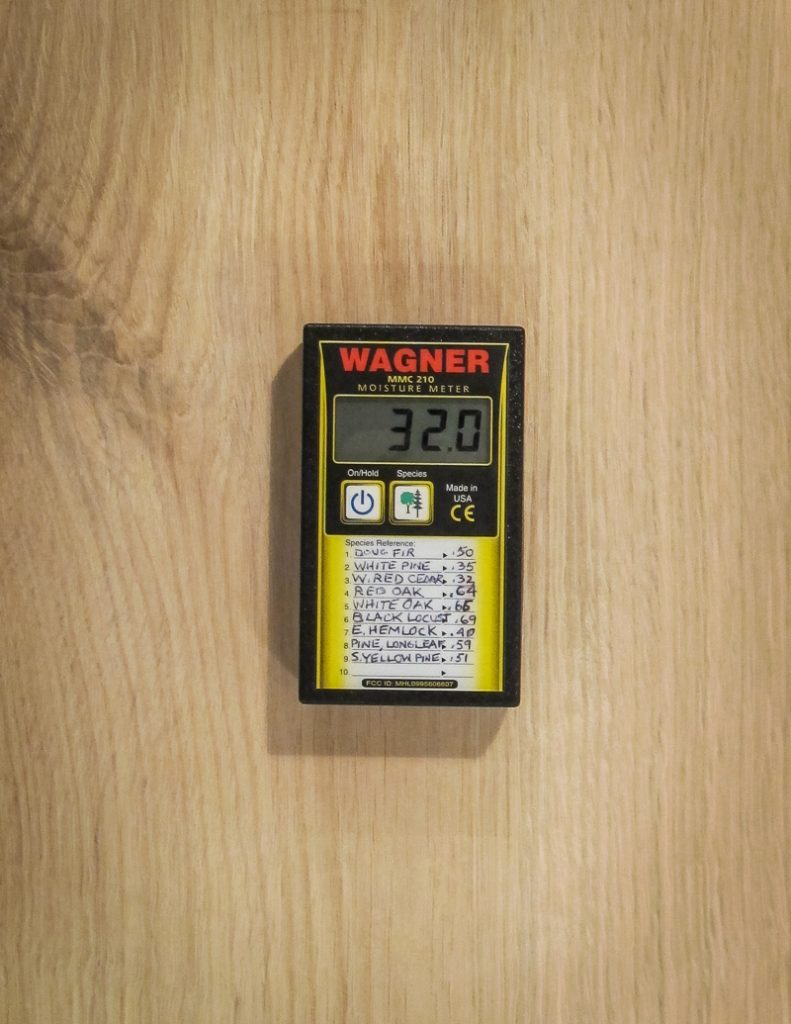 wagner moisture meter measuring oak timber