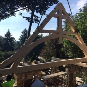Love this gentle, curving truss design by being installed today by our trusty crew! And the Port Orford Cedar—a new favorite. Thanks to for the photo!