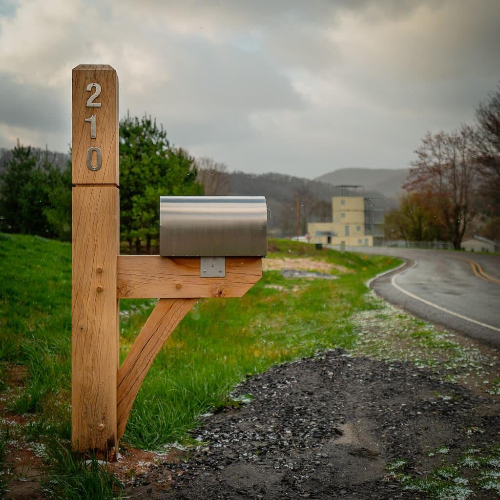 Timber Frame Mailbox