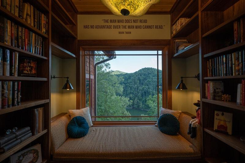 home design window seat idea